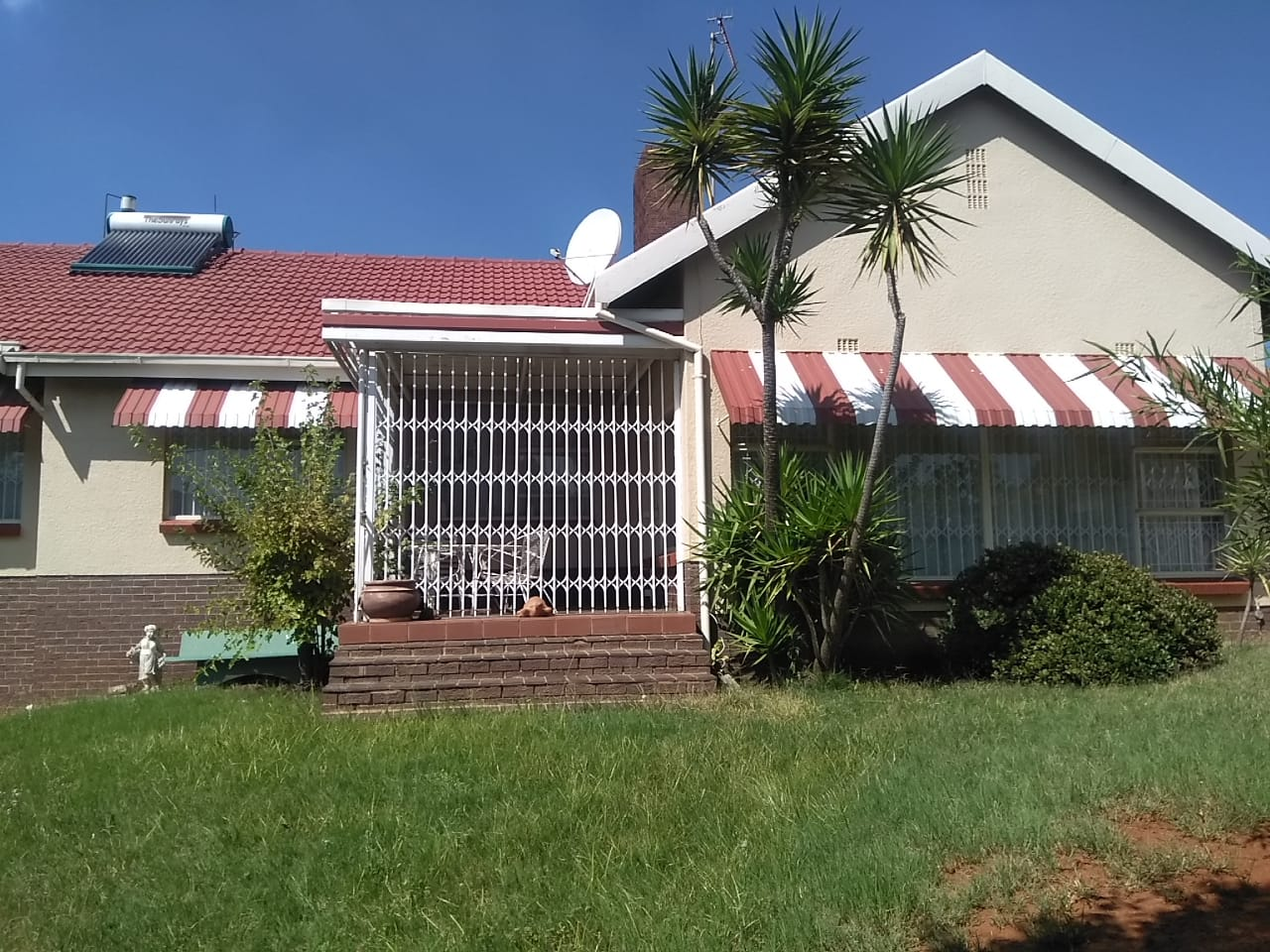 AUCTION 24 MARCH 2021- Mondeor – 4 Bedroom Dwelling